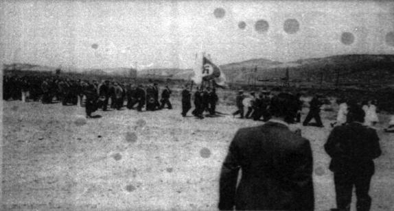 Desfile nazi en Astra (Comodoro Rivadavia, foto cortesía de Xavier Alcalá) (2).