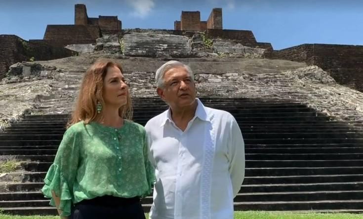 El presidente López Obrador y su esposa, Beatriz Gutiérrez