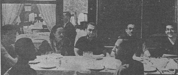 Orwell con dirigentes del POUM y del PLI en Barcelona julio de 1936